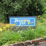 Rodeway Inn Springhills Lake George Foto