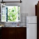 房間附有廚房冰箱,適合自由行旅客