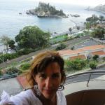 En el balconcito frente a la Isola Bella