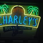 Charley's Boat House Grill Foto