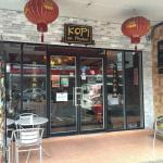 ภาพถ่ายของ ร้านอาหาร และ กาแฟ โกปี๊ เดอ ภูเก็ต