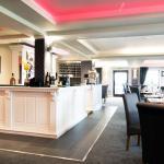 Lark Hill Bar