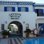 Foto de Levante Beach Hotel
