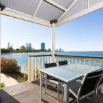Broadwater waterfront villas