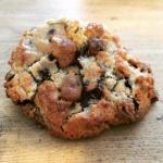 Walnut chocolate cookie