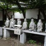 境内の七福神石像