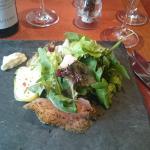Photo of Weinwirtschaft