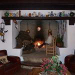 La chimenea del salón