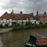 Pretty Tudor cottages, Hungerford Wharf, Berkshire