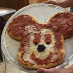 Wow ! What a pizza maker !!