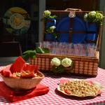 Take one to go - picnics by Paris Picnic restaurant!