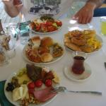 kahvaltının ilk yarısı:)