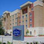 ‪Hampton Inn & Suites Dallas/Frisco North-Fieldhouse USA‬