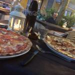 Pizza Hawaii e pizza tirolese entrambe ottime
