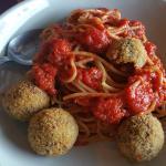Spaghetti with Bread Crusted MEatballs