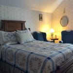 B Street House Bed & Breakfast