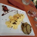 omelette aux truffes et ses pommes de terre salairnaises : que du bonheure.