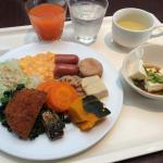Good breakfast buffet for 500 yen