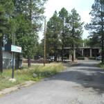 Motel in the Pines hidden driveway