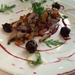 Uitstekend gegeten en een 4 gangen menu genuttigd met een prima Sancerre wijn erbij. Zeer welkom