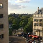 Вид из окна на площадь Бастилии