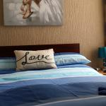 un suite bedroom 3