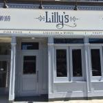 Lilly's front entrance on Mamaroneck Avenue