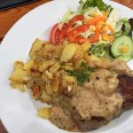 Das gälische Steak ist fantastisch, aber nicht günstig. Sehr lecker und gerade im Pub kommt iris