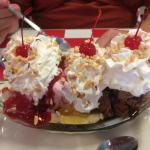 deliccious banana split