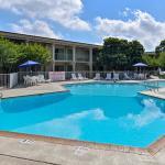 Econo Lodge North Austin