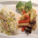 Dos de cabillaud légumes frais réduction de poireaux