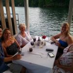 Foto de Legends on the Lake