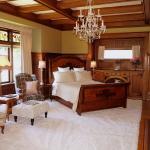Windsor Oak Room