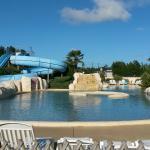 piscine exterieure + 2 Tobbogans