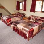 Photo de Helmcken Falls Lodge