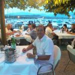 Nettes Lokal direkt am Hafen von Manerba del Garda
