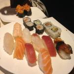 Sushi Medio, Nigiri Anguilla e Gunkan Spicy Salmon