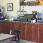 Large rooms, free breakfast