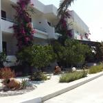 Photo de Hotel Tina-Flora
