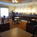 Photo of La Quinta Inn & Suites Columbus