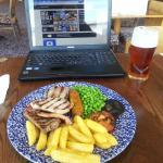 Food, beer and wifi. A hattrick!