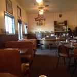 Great hole in the wall!  Loved the biscuits and gravy!  They have two kinda of gravy - sausage o