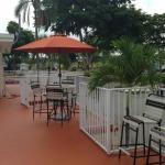 Photo de Sunshine Holiday Ft. Lauderdale