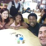 Con mi familia y amigo