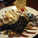 Ice cream , brownie, carmel sundae