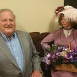 """Mayor Ed SMITH of Greenwood with his """"wife"""" in the museum"""