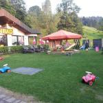 Spielplatz vor Terasse+Bad+Liegewiese