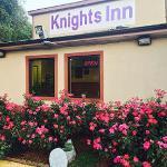 Knights Inn Point South/Yemassee
