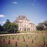 Château du domaine du Breuil et sa magnifique piscine chauffée.