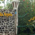 entree van villa Arjuna